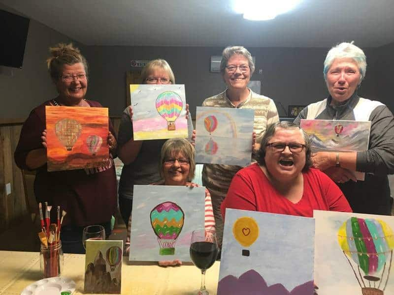 paint and sip at the cedar cove clubhouse